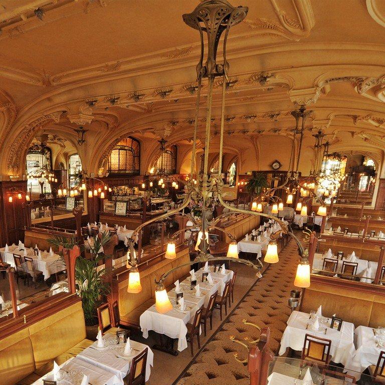 Votre repas d'entreprise dans un bâtiment Art Nouveau à Nancy restaurant groupe Nancy 54