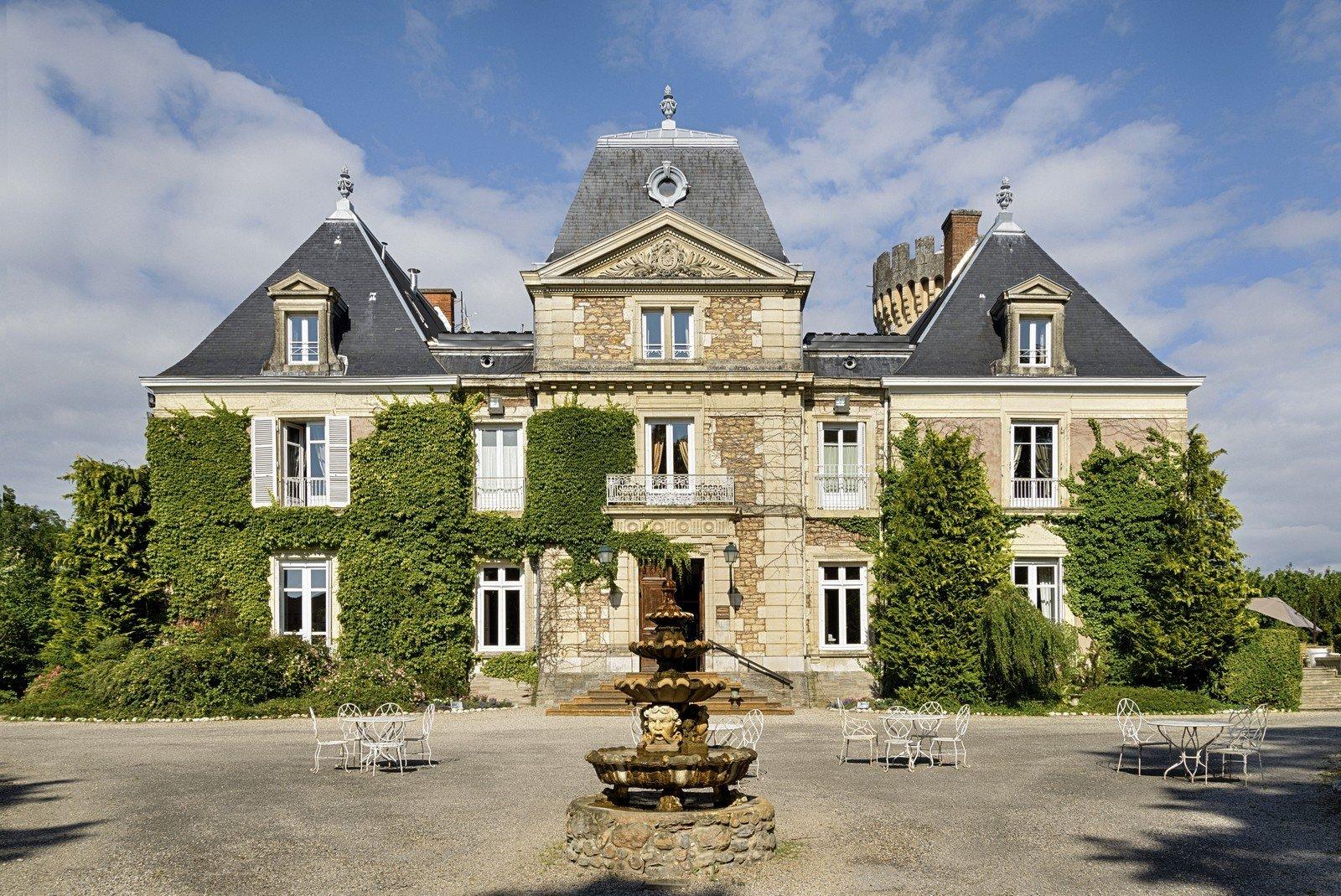 Châteauform' Château de Faverges-de-la-Tour