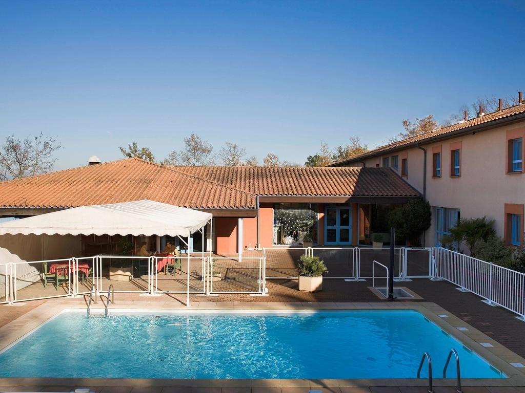 Ibis Montauban***