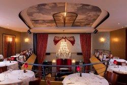 Privatisation Cabaret NEUILLY SUR SEINE 92 restaurant groupe NEUILLY SUR SEINE 92