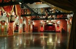 Privatisation lieu féerique dédié aux Arts Forains Paris 12 restaurant groupe
