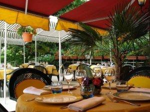 Restaurant Montigny le Bretonneux La Fontaine (78)