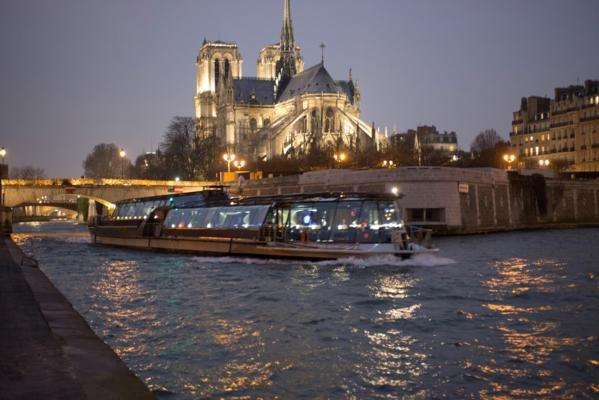 Bateaux Parisiens - Déjeuner Enfant