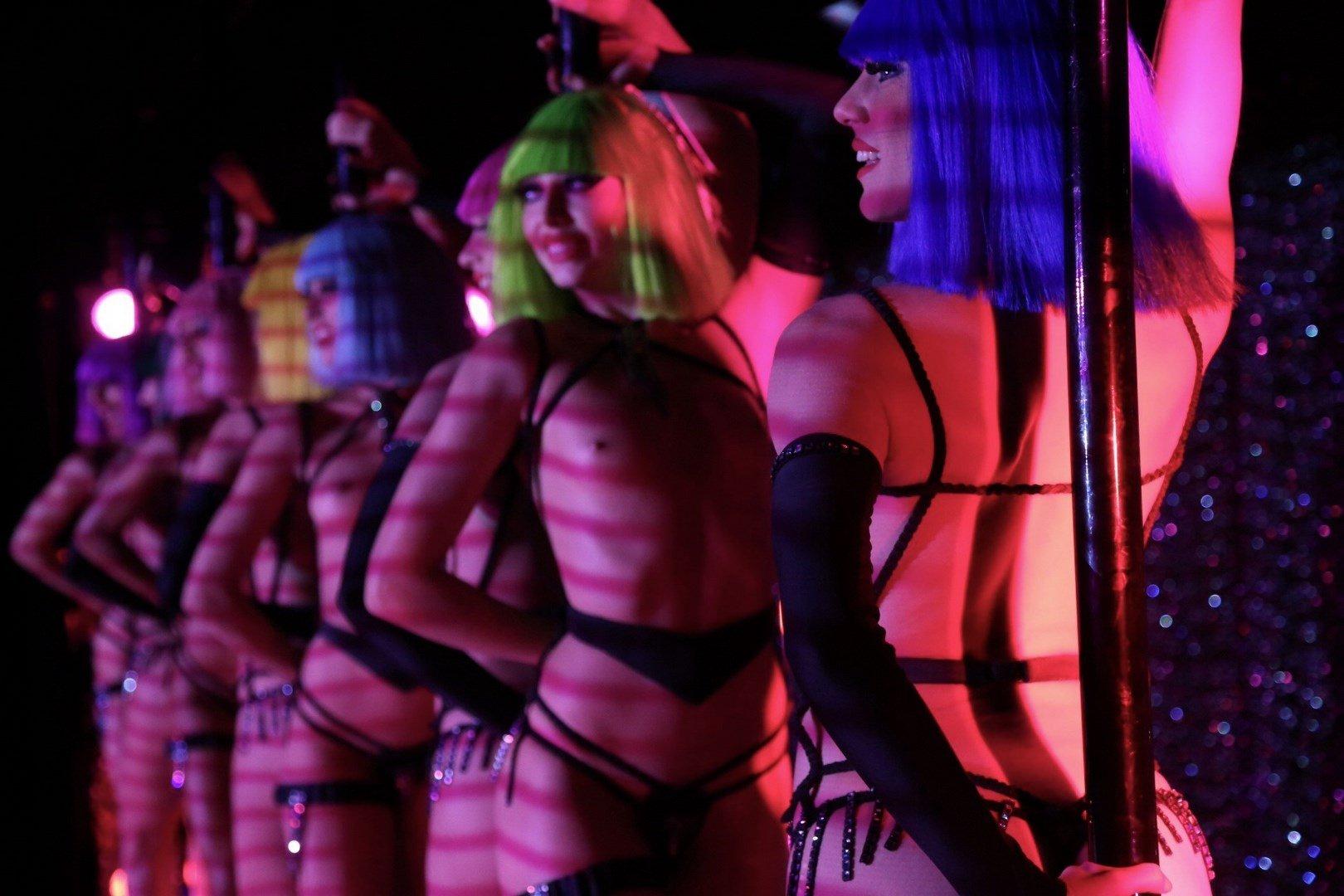 Crazy Horse - Bateaux Mouches + Revue 19h30