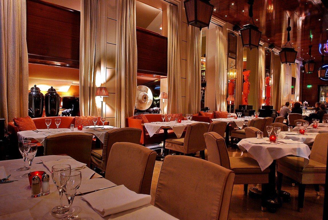 Votre repas d'entreprise dans un lieu chic et sophistiqué près des Champs Elysées restaurant groupe Paris 8