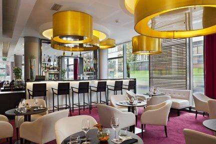 Repas Restaurant Moderne et Cosy Clichy 92 restaurant groupe Clichy 92