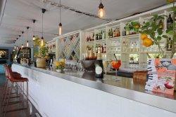 Restaurant Suresnes Aqua Restaurant