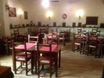 Repas d'entreprise dans un restaurant rustique et convivial à Guyancourt restaurant groupe Guyancourt 78