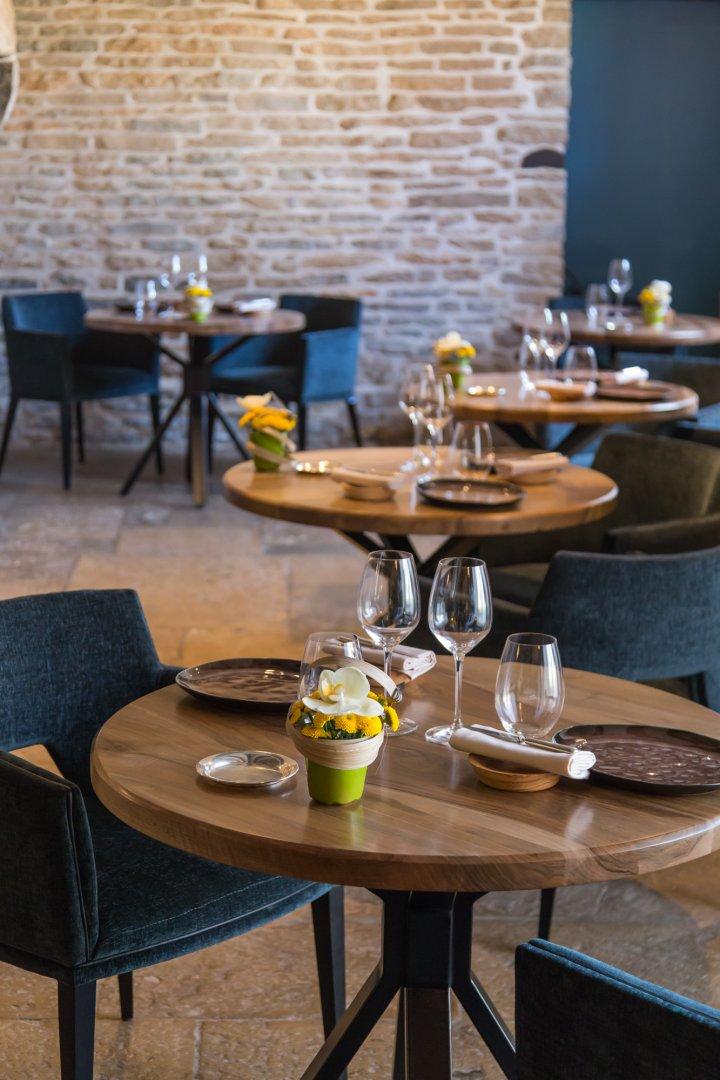 Restaurant Prenois L'Auberge De La Charme Prestige