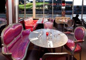 Restaurant Paris Le Café Barge