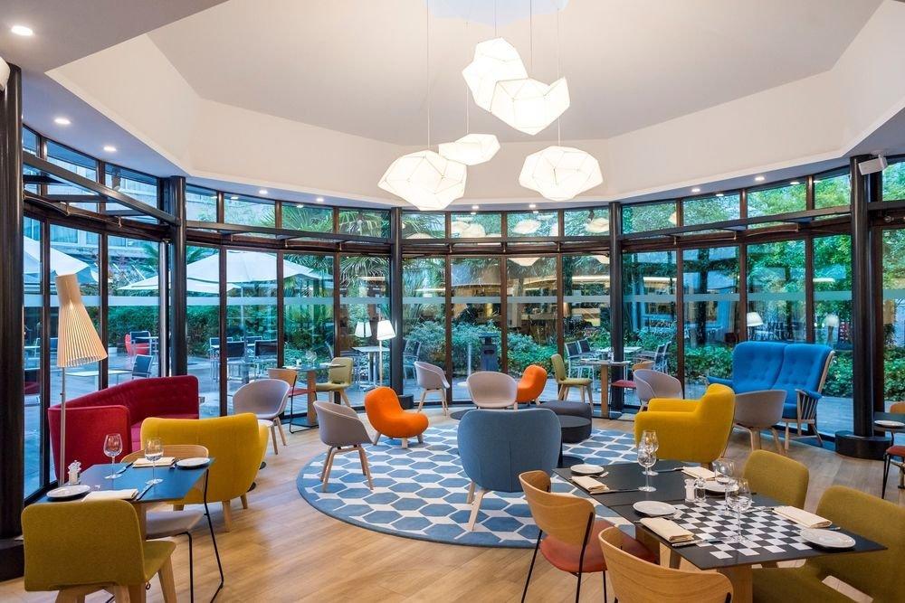 Journée étude dans un hôtel contemporain nouvelle géneration restaurant groupe BOUGIVAL 78