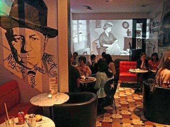 Votre cocktail dans un restaurant sur le thème du cinéma restaurant groupe PARIS 20 75