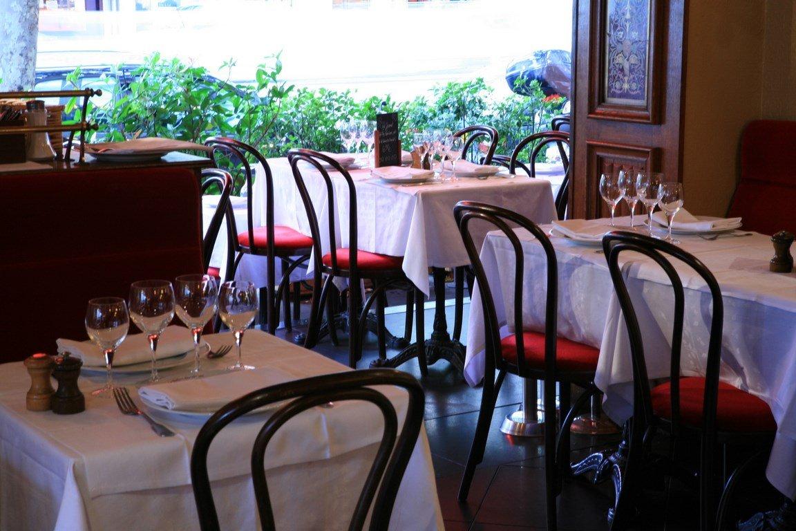 Repas entreprise dans une brasserie chic proche de la Porte Maillot restaurant groupe PARIS 17 75