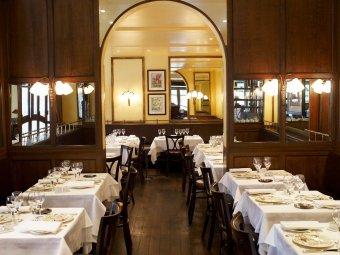 Repas entreprise dans une authentique brasserie parisienne - Restaurant le congres paris porte maillot ...