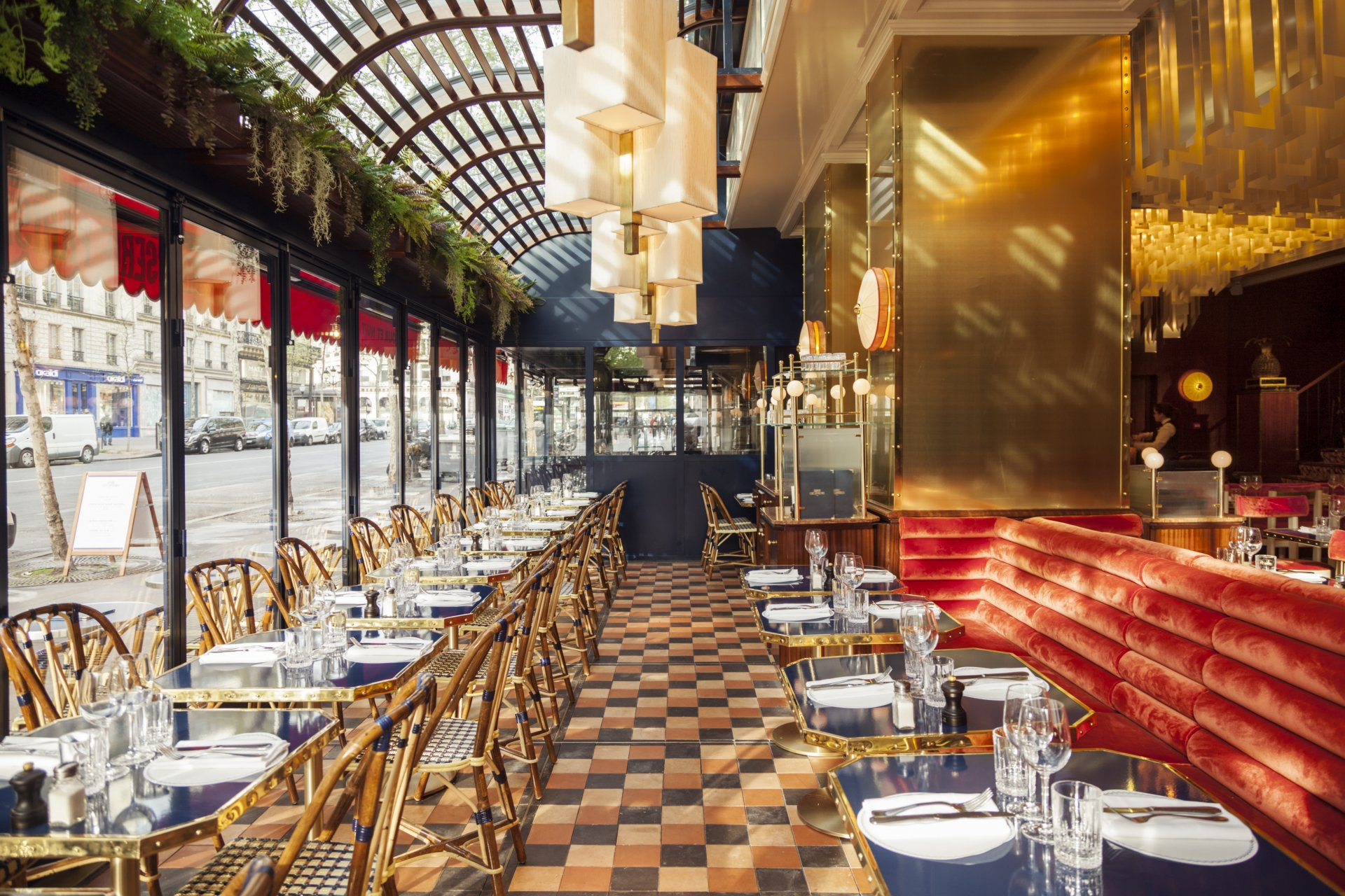 Repas entreprise dans une Brasserie mythique pr�s d'Op�ra restaurant groupe Paris 9