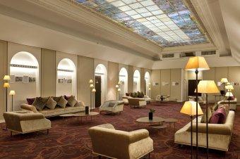 Votre cocktail dans un bel espace au coeur du quartier Opéra restaurant groupe PARIS 10 75