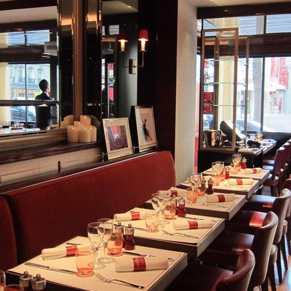Votre repas d'entreprise dans un restaurant en plein coeur du triangle d'or restaurant groupe PARIS 8 75