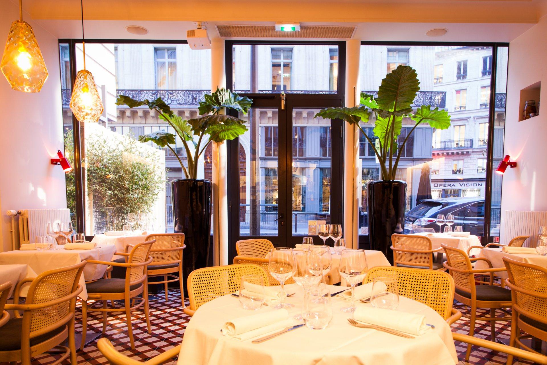 Repas d'entreprise dans un lieu artistique à proximité de l'Opéra Garnier restaurant groupe Paris 9