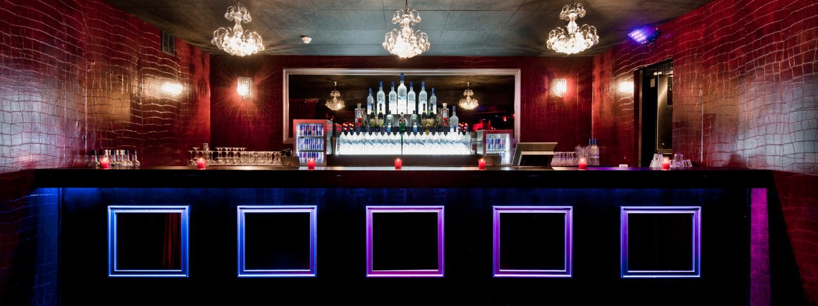 privatisation lieu branch incontournable paris 8 paris restaurant groupe paris 75. Black Bedroom Furniture Sets. Home Design Ideas