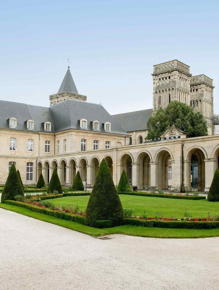 Mercure Caen Cìte de Nacre Herouville Saint Clair****