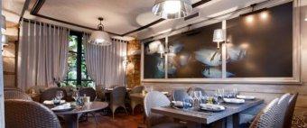 Repas entreprise dans un restaurant de spécialités de la mer à proximité du Marais restaurant groupe Paris 3