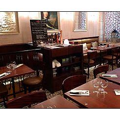 Repas d'entreprise dans un bistrot chaleureux près de Palais Royal restaurant groupe Paris 1