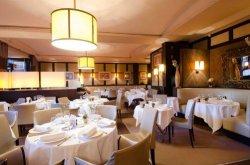 Repas entreprise dans un restaurant réputé près d'Invalides restaurant groupe Paris 7
