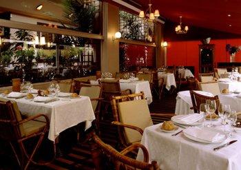 Restaurant Paris Chez Françoise Saveurs