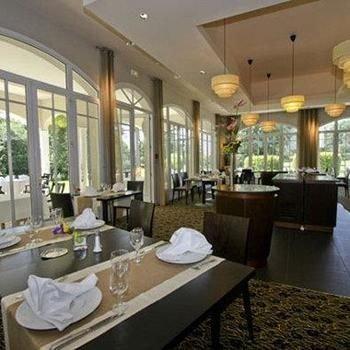 Best Western Hôtel La Palmeraie***