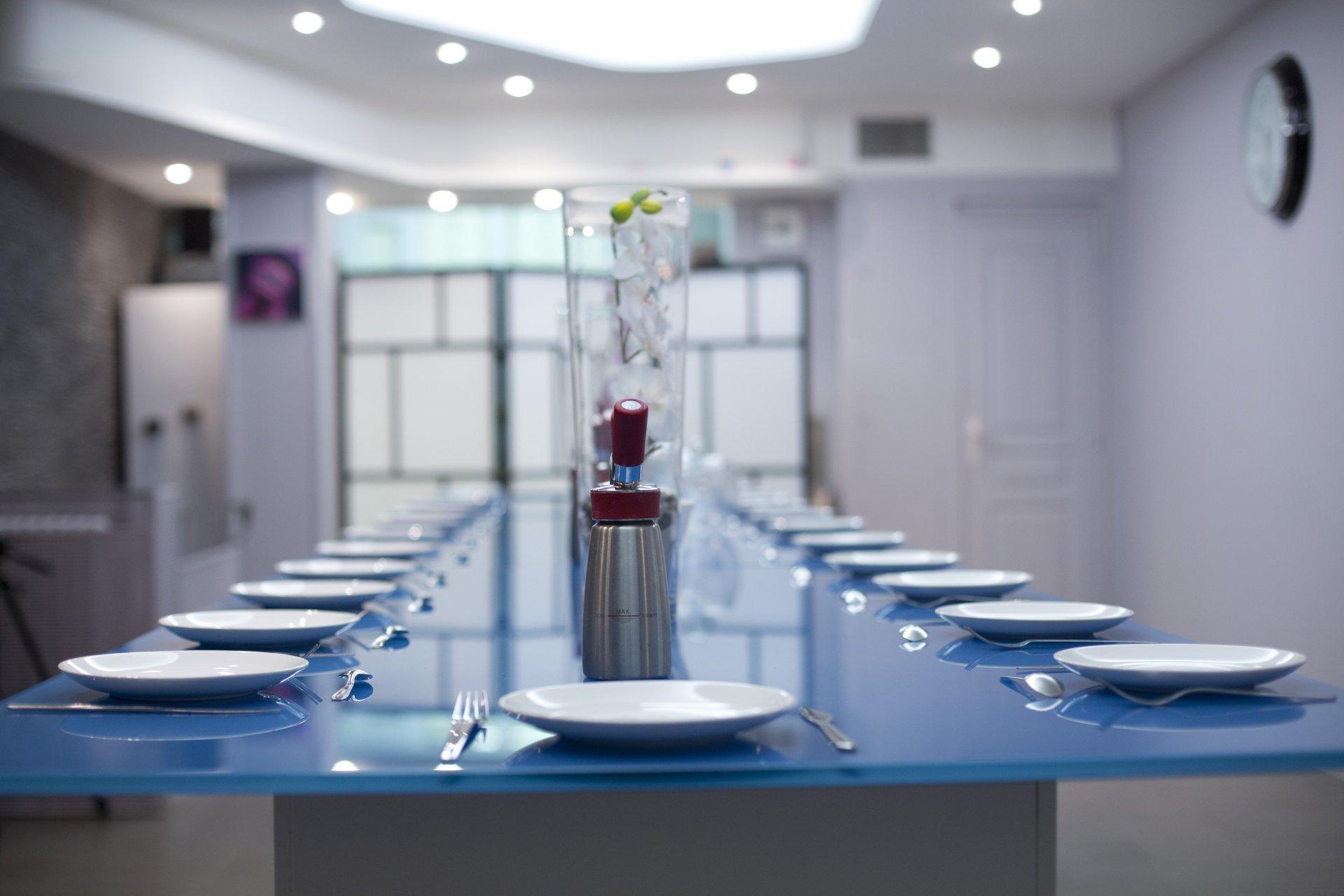Cours de cuisine dans le 17 me arrondissement paris - Ecole de cuisine ferrandi paris restaurant ...