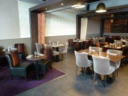 Repas d'entreprise dans un restaurant traditionnel à Saint Denis restaurant groupe SAINT DENIS 93