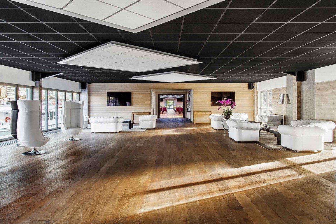 Cocktails dans un espace évènementiel de 800m2 à ciel ouvert à Javel restaurant groupe