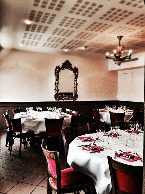 Repas entreprise dans une table incontournable de Lyon restaurant groupe LYON 69