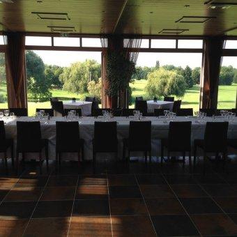 Privatisation d'un restaurant chaleureux verdoyant en banlieue Parisienne restaurant groupe Crecy la Chapelle 77