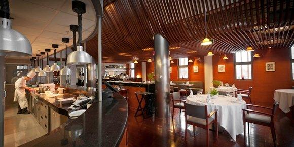 Team building cours de cuisine ecully restaurant groupe - Cours de cuisine lyon bocuse ...