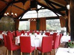 Repas entreprise dans un restaurant à l'ambiance champêtre restaurant groupe