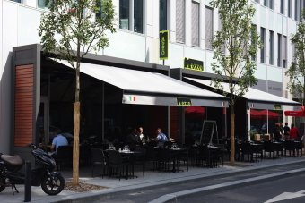 Repas entreprise dans un cadre moderne à proximité du Stade de France restaurant groupe SAINT DENIS 93