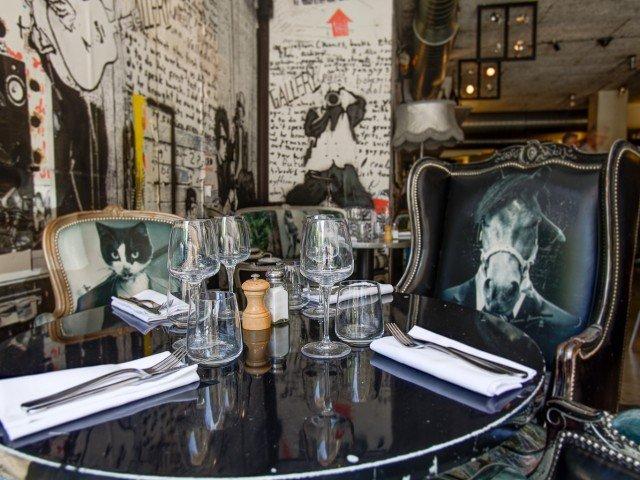 Restaurant Paris Renoma Café