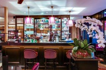 Repas entreprise près des Champs Elysées restaurant groupe PARIS 8 75