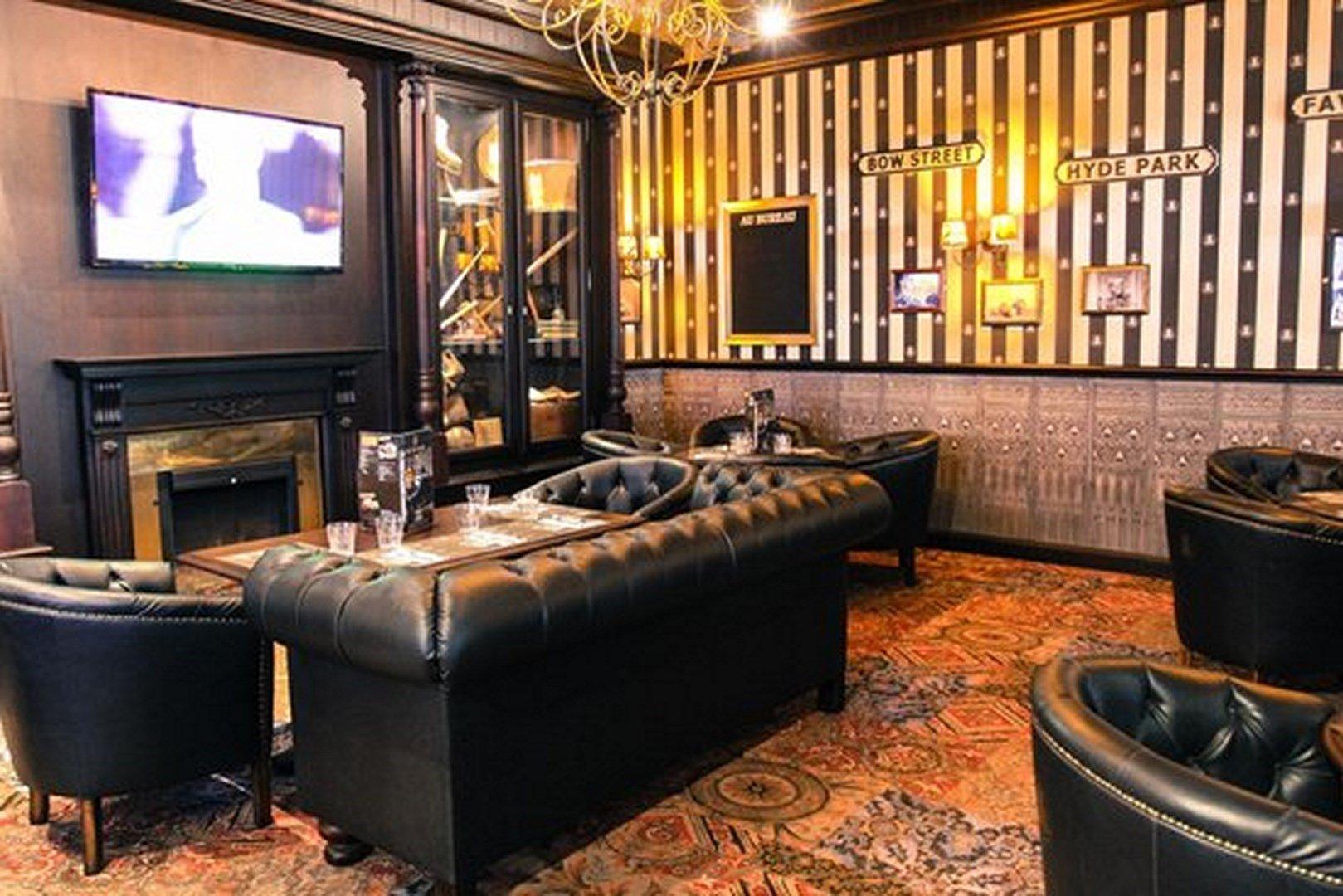 au bureau suresnes restaurant 28 images au bureau suresnes brasserie bistrot 224 suresnes. Black Bedroom Furniture Sets. Home Design Ideas