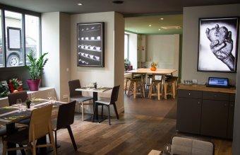 Repas entreprise authentique et convivial restaurant groupe NANTES 44