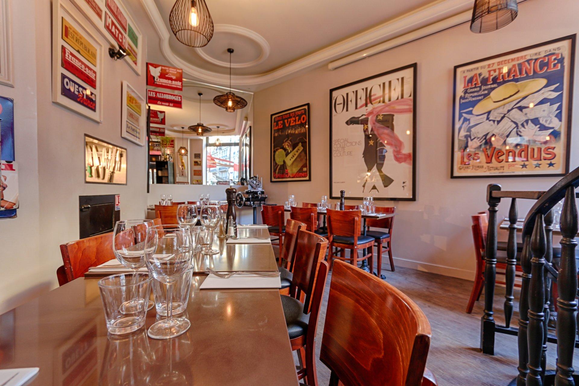 Repas entreprise dans une adresse chaleureuse restaurant groupe Paris 9