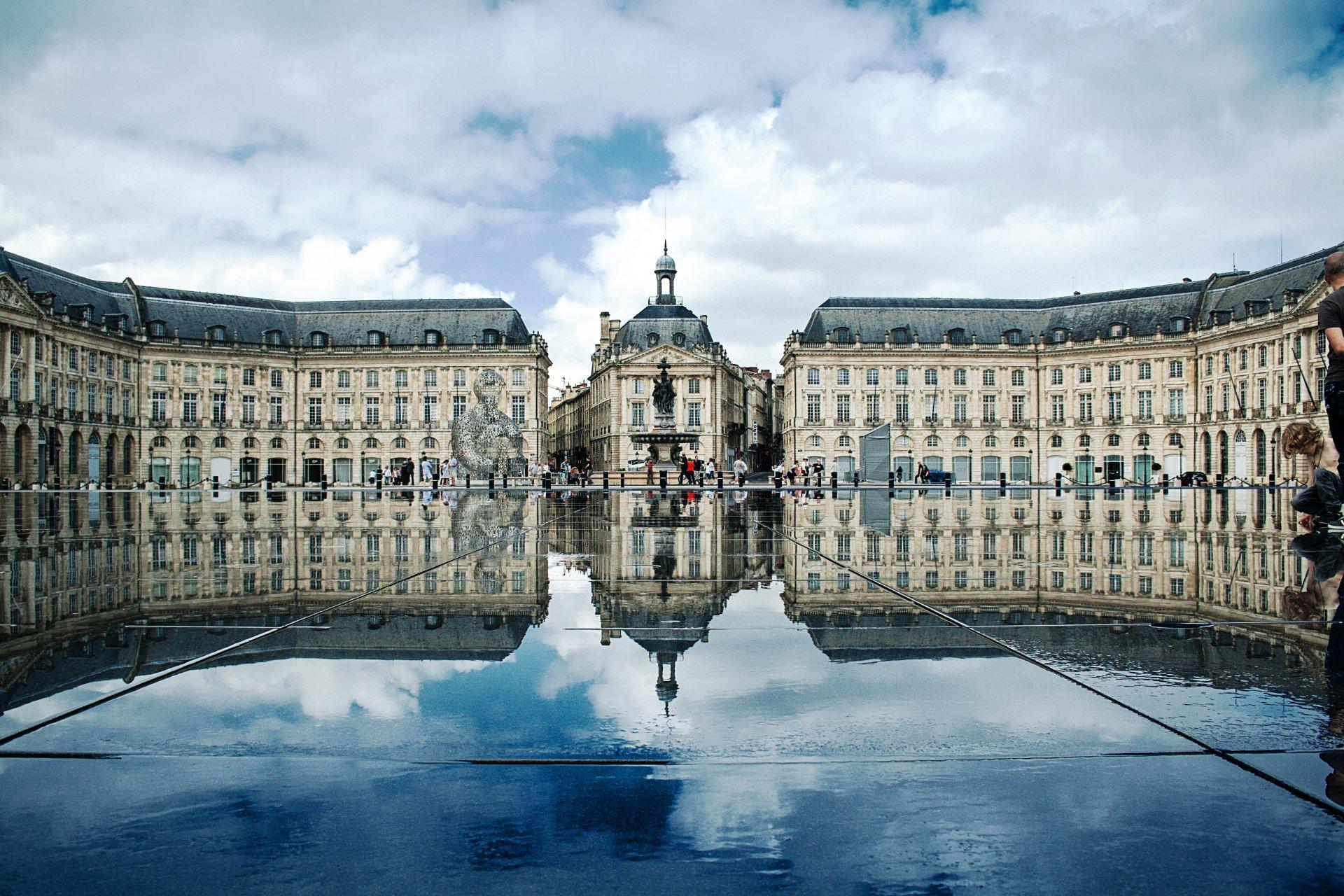 Visite guidée à la découverte de la ville de Bordeaux restaurant groupe