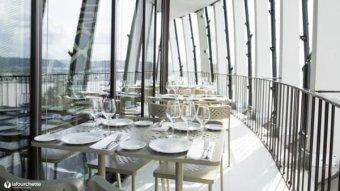 Repas entreprise dans un restaurant avec vue panoramique restaurant groupe BORDEAUX 33