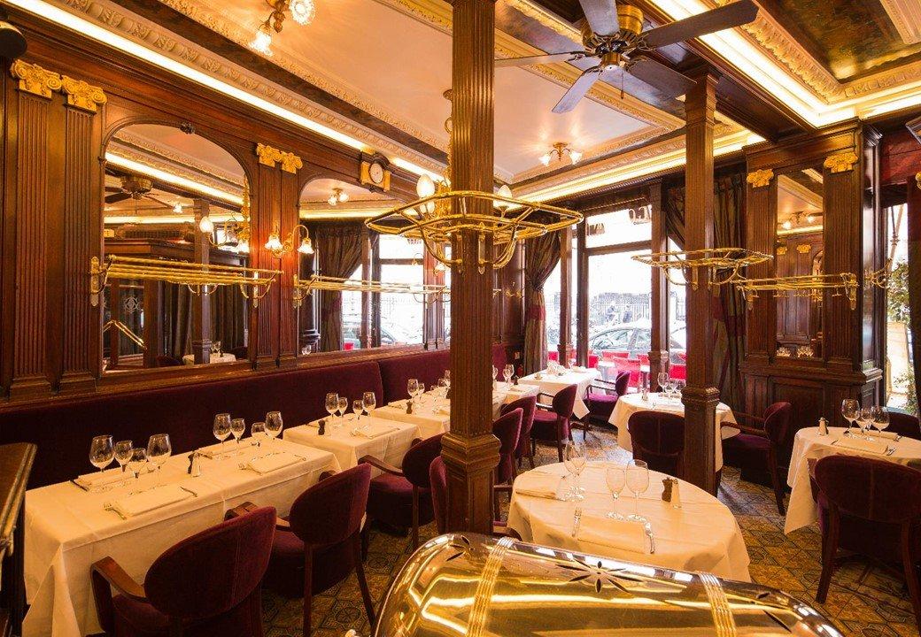 Repas entreprise dans une brasserie historique parisienne restaurant groupe Paris 2