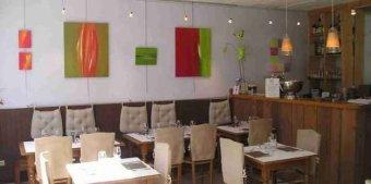Repas entreprise dans une adresse de charme restaurant groupe CHARBONNIERES LES BAINS 69