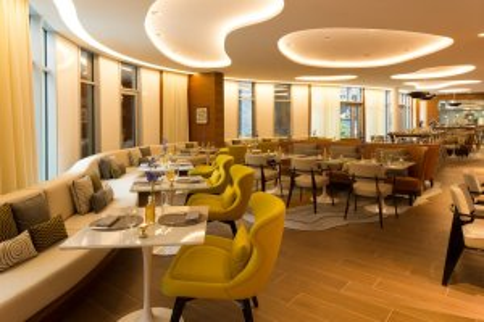Restaurant Paris Origin, Renaissance Paris Republique