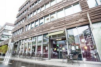 Repas entreprisedans un restaurant convivial restaurant groupe Issy les Moulineaux 92