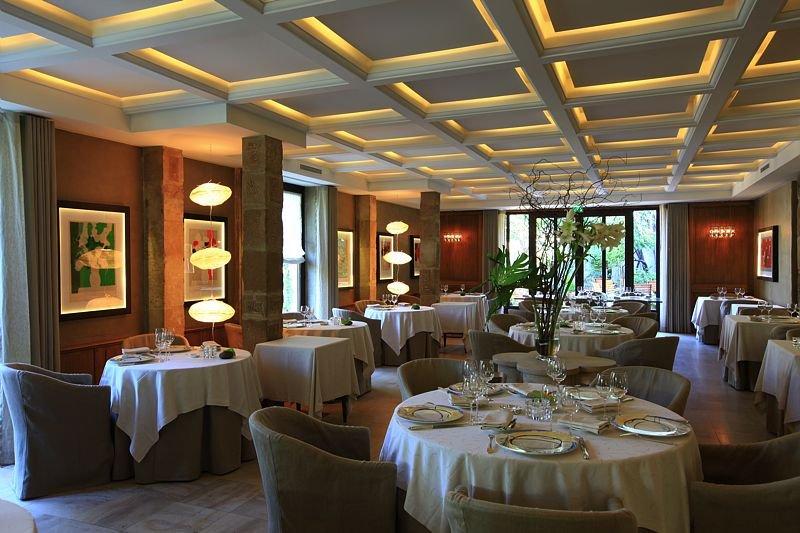 Restaurant Pont de l'Isère La Grande Table, Michel Chabran