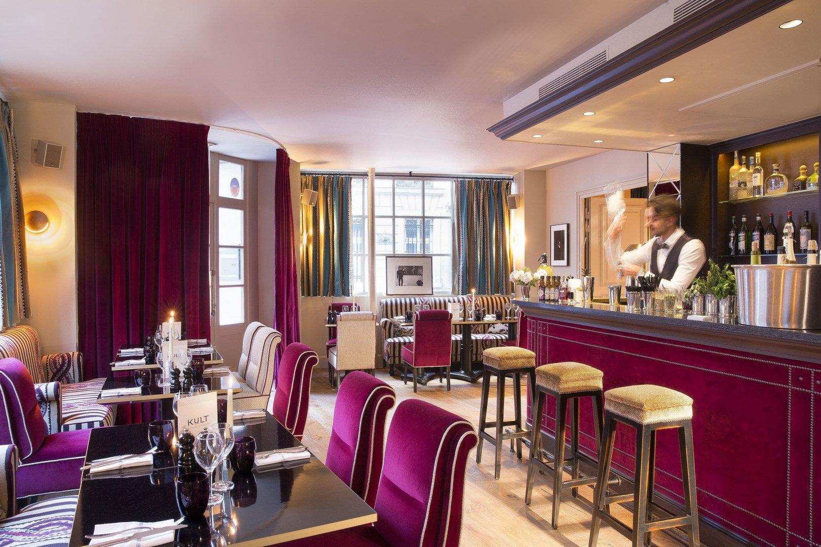 restaurant kult le saint h tel paris paris paris. Black Bedroom Furniture Sets. Home Design Ideas